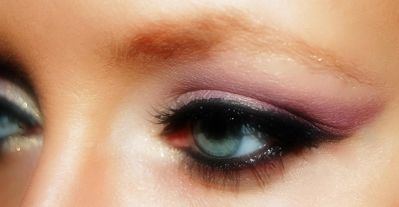 Schminktisch - Make Up Augen